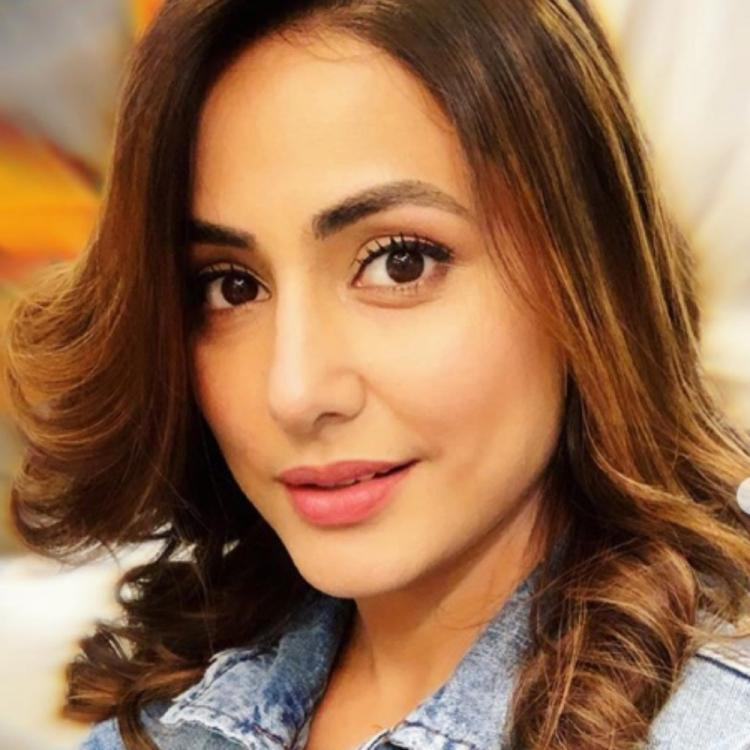 Hina Khan displays her ecstatic mood in her latest PICS & fans are in complete awe