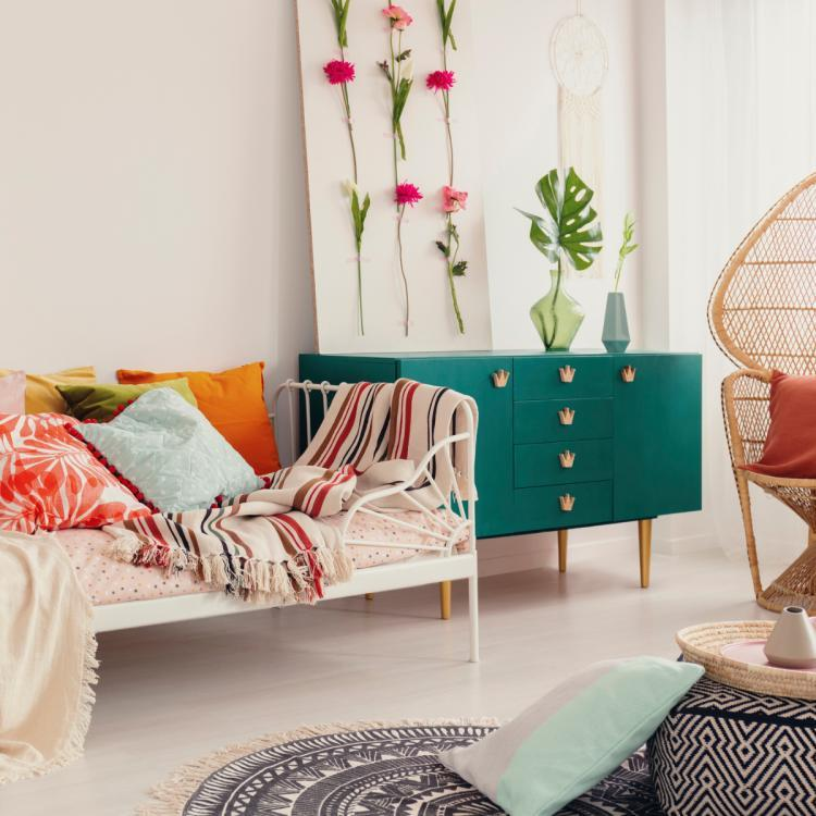Home Décor: 6 Tips to add positivity to your abode