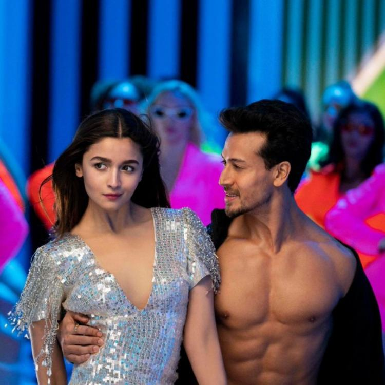 SOTY 2 Hook Up Song: Alia Bhatt and Tiger Shroff set the screen ablaze with their chemistry & netizens love it