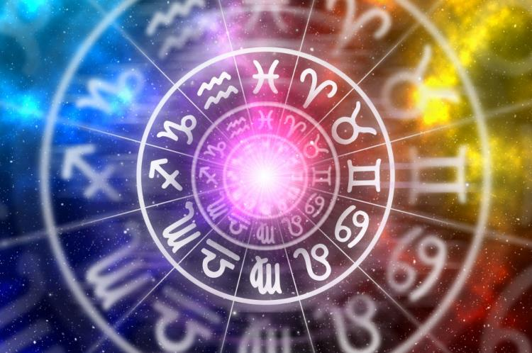 Horoscope Today, March 27, 2020: Check your daily astrology prediction for zodiac sign Cancer, Virgo, Leo