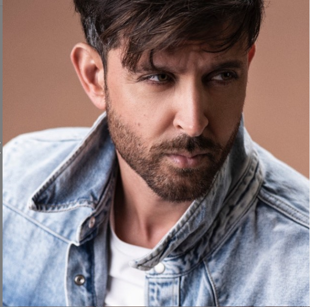 Hrithik Roshan reveals his mother watched Super 30 nine times in the theatres but never met Anand sir