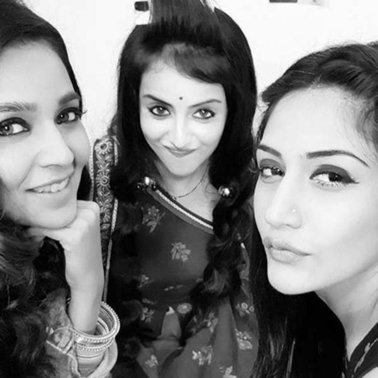Ishqbaaaz girl gang of Surbhi Chandna,Shrenu Parikh, Mansi & Mreenal is doing the weekend right