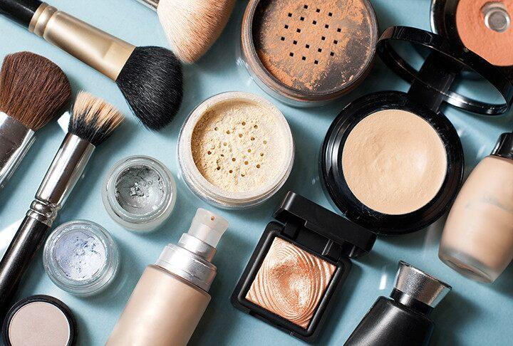 Want to stand out in the crowd in 2020? Follow THESE tips for flawless makeup