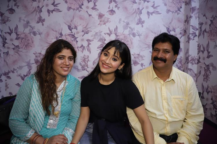 EXCLUSIVE: YRKKH Hits 3000: Shivangi Joshi and her parents are all hearts as they relive the journey together