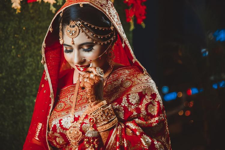 Picking your bridal lehenga? THESE fabrics work best for your wedding outfit