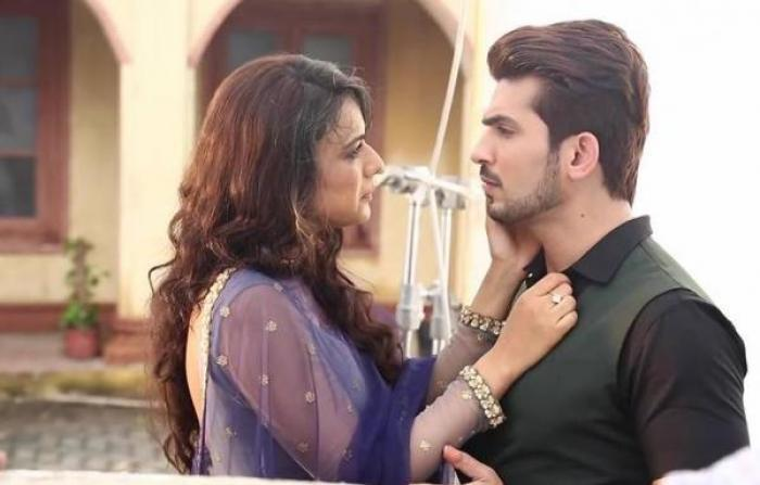 Ishq Mein Marjawan February 6, 2019 written update: Aarohi escapes the blast.
