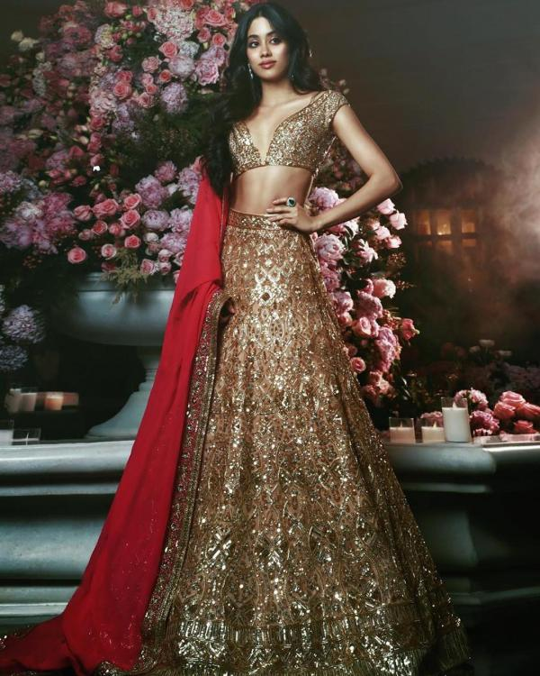 Happy Birthday Janhvi Kapoor: Today as Janhvi Kapoor celebrates her 22nd birthday, the actress wishes to maker her parents proud