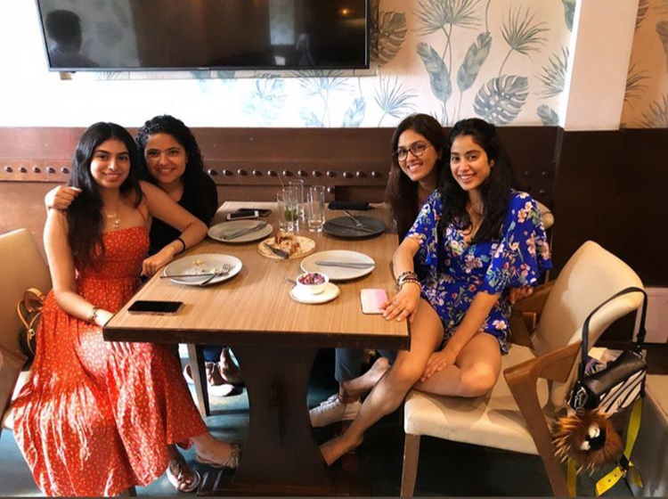Janhvi Kapoor shares a sneak peek of her Sunday brunch with friends, stuns in a floral blue romper; See pic