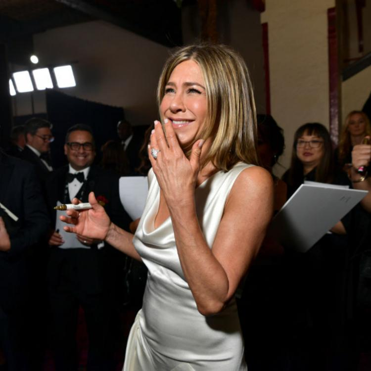 Jennifer Aniston says she sees kids in her future; Read On