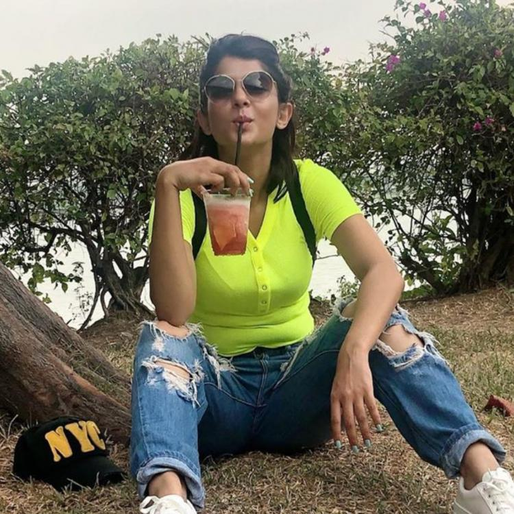 PHOTO: Jennifer Winget 'perfectly plonks' as she enjoys a camp at a scenic place