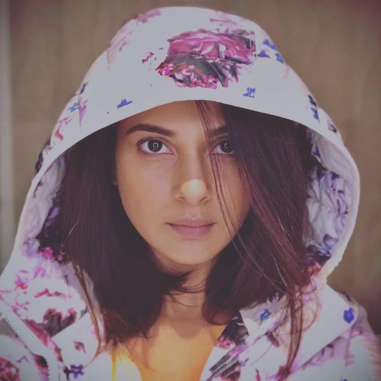 Beyhadh 2's Jennifer Winget shares her enchanting 'gangsta' look in her latest post; View Pic
