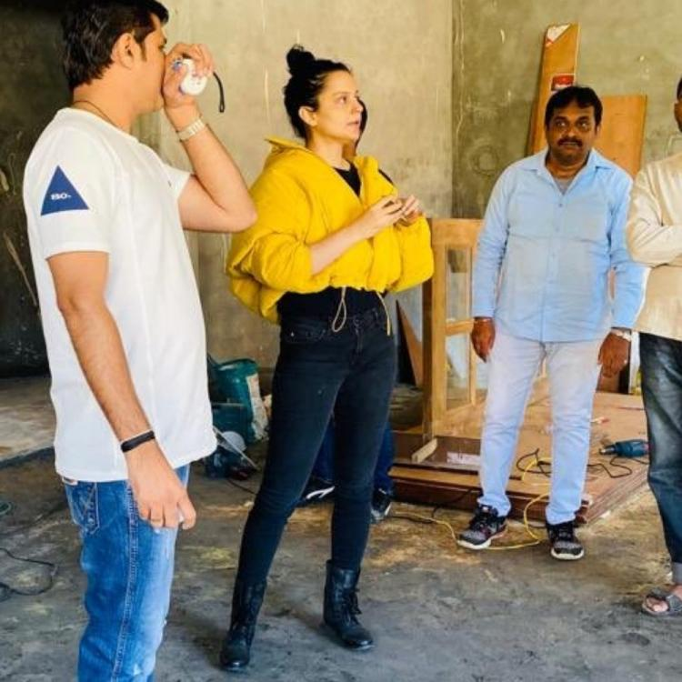 Kangana Ranaut helps out sister Rangoli Chandel with interiors at her under construction house; See Pics