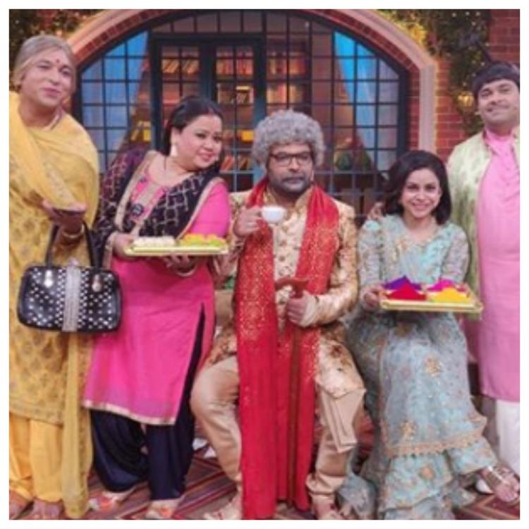 Kapil Sharma celebrates his first Holi post wedding with the entire team of The Kapil Sharma Show