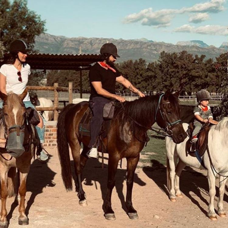 Kareena Kapoor, Saif Ali Khan & Taimur enjoying horse riding on a trip is every family ever; See Throwback Pic