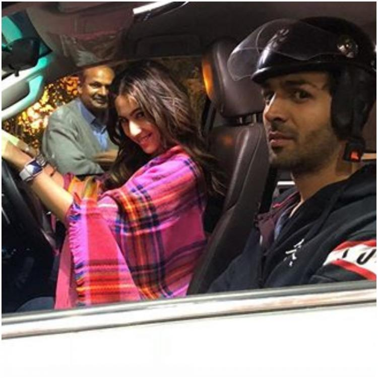 Kartik Aaryan's nervous look as Sara Ali Khan turns driver during Love Aaj Kal shoot will leave you amused