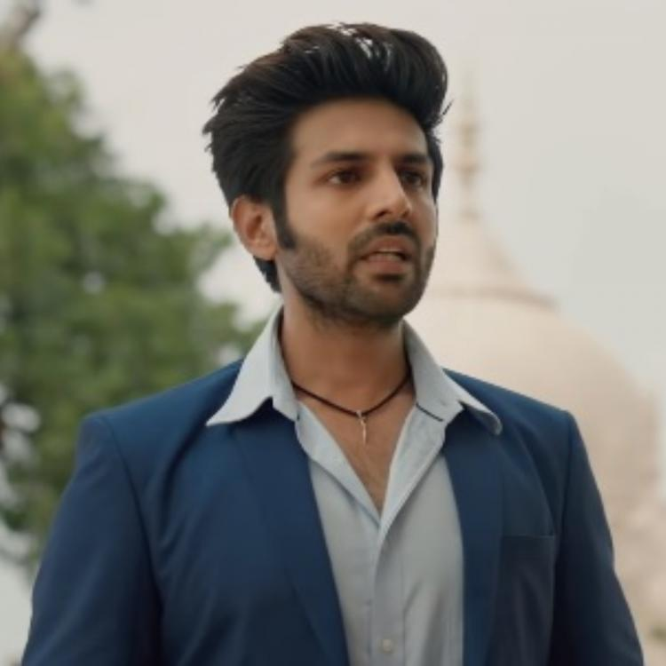 Kartik Aaryan injured while doing an act on a reality show; Read details