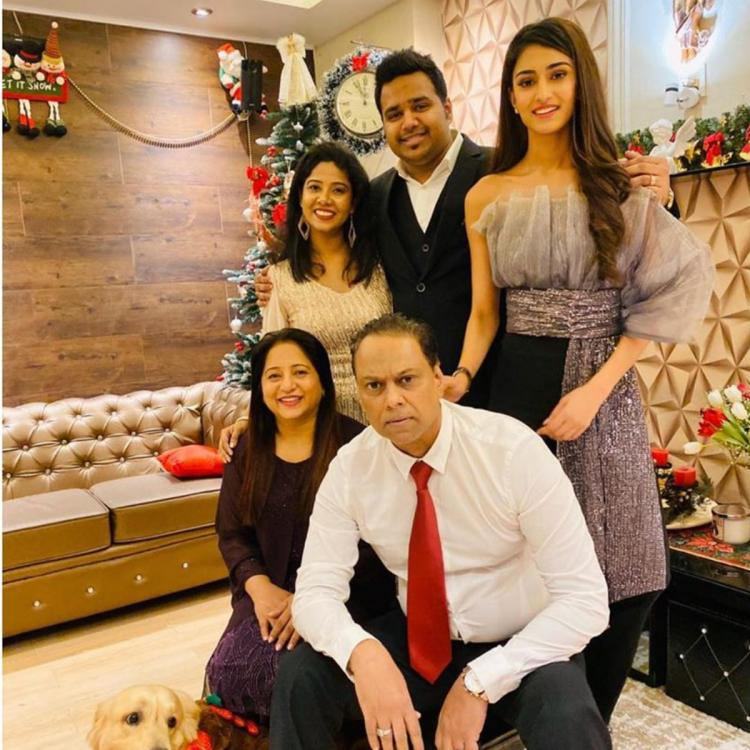 Kasautii Zindagii Kay's Erica Fernandes' Christmas celebration with family will make your heart melt; See Pics