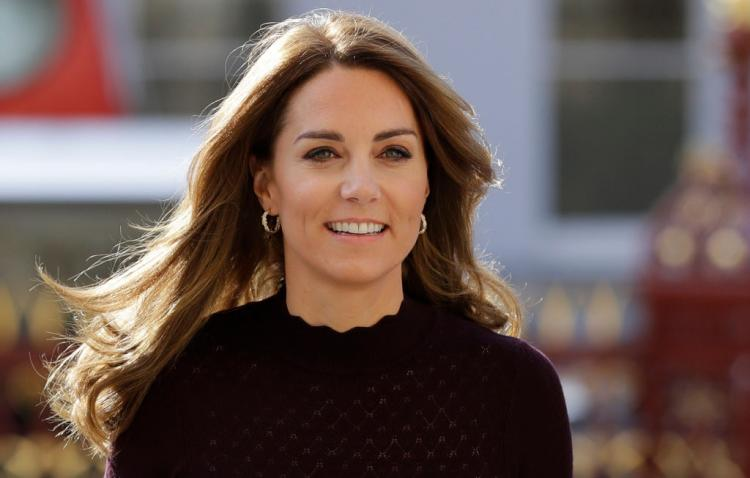 Kate Middleton debuts BLONDE hair in a stylish outfit as she visits the Natural History Museum; See Pics