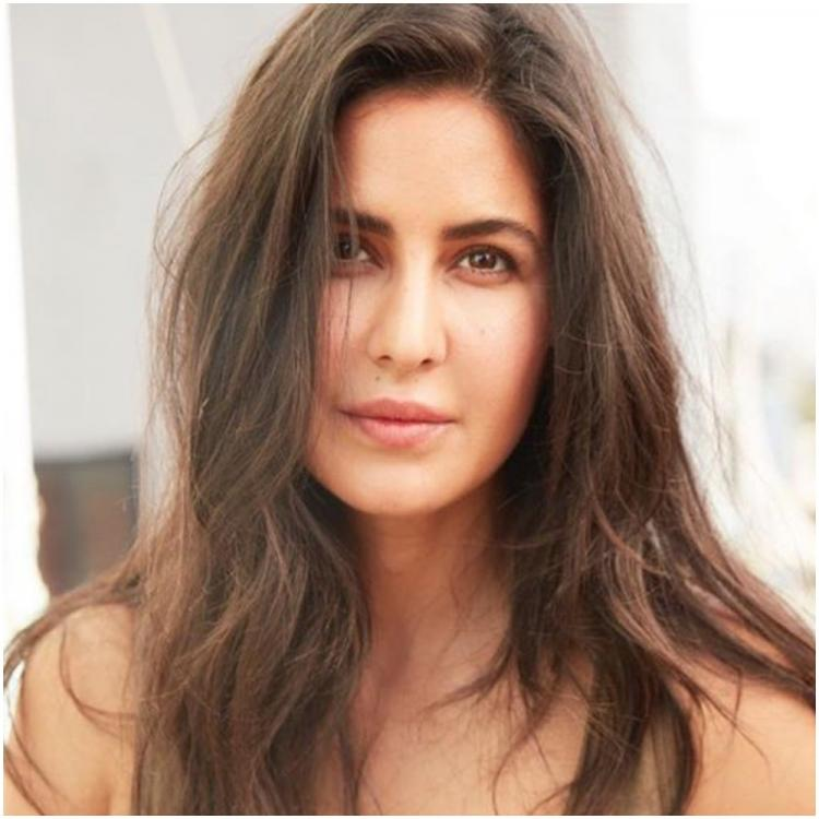 Katrina Kaif looks gorgeous in a messy hair, no makeup look and we can't take our eyes off her; See Photo