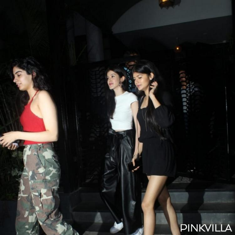 Photos: Khushi Kapoor and Shanaya Kapoor enjoy a girls night out