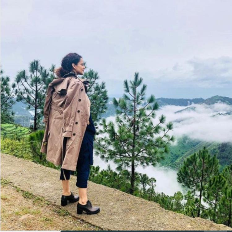 Kangana Ranaut bids adieu to Himachal Pradesh as she heads back to Mumbai; View PIC