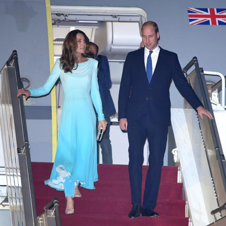 Kate Middleton & Prince William arrive in Pakistan for a five day tour; View PICS