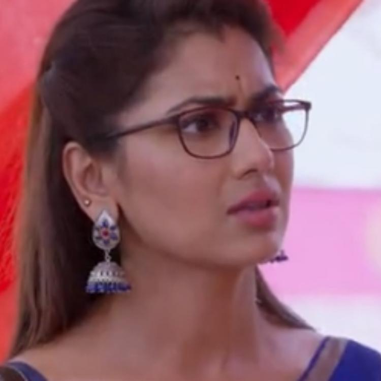 Kumkum Bhagya June 13, 2019 Written Update: Pragya comes to Abhi's room