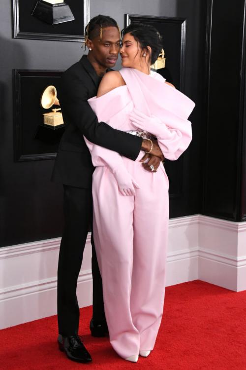 Kylie Jenner and Travis Scott are still in love with each other, in spite of breaking up.