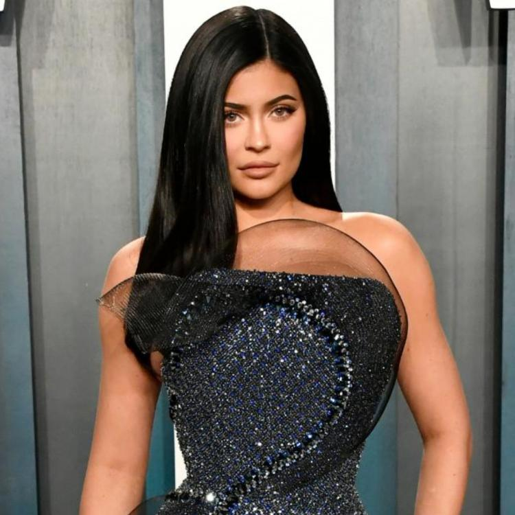 Kylie Jenner donates 1 million dollars for COVID 19 relief fund; says she's grateful to all healthcare workers