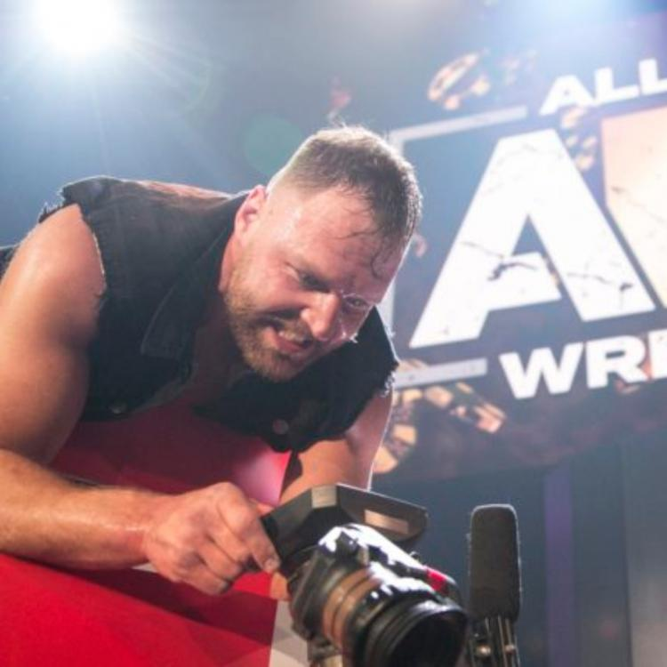Jon Moxley aka Dean Ambrose's contract with WWE expired in April 2019.
