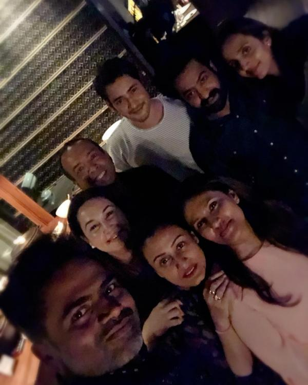Mahesh Babu, Jr NTR, Namrata Shirodkar, Lakshmi Pranathi and others pose for gleeful snaps; See Photos