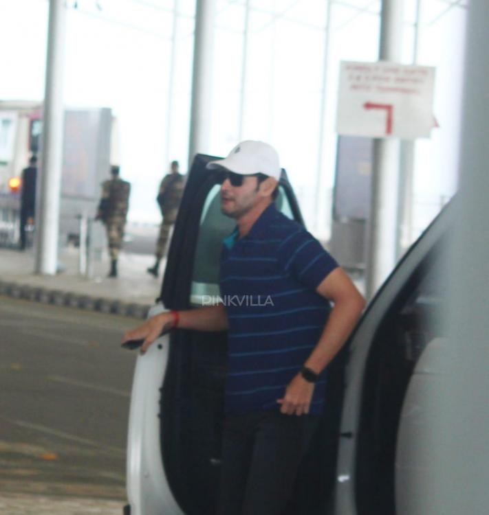 PHOTOS: Mahesh Babu keeps it casual at the airport as he heads to Mumbai for an ad shoot