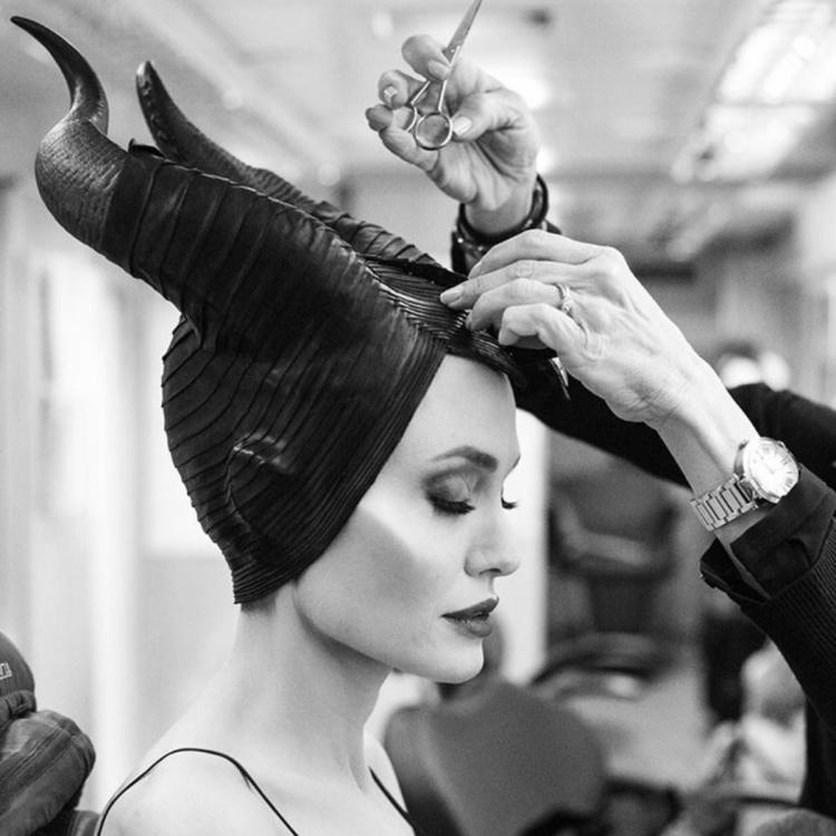 Maleficent Mistress Of Evil Angelina Jolie S Stunning