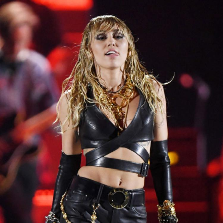 Coronavirus Quarantine: Miley Cyrus does not want to take a bath