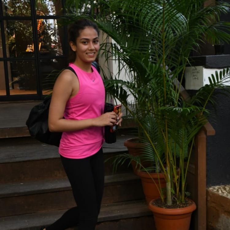 PHOTOS: Mira Rajput sets a casual and sporty style statement with her latest gym look; Check it out