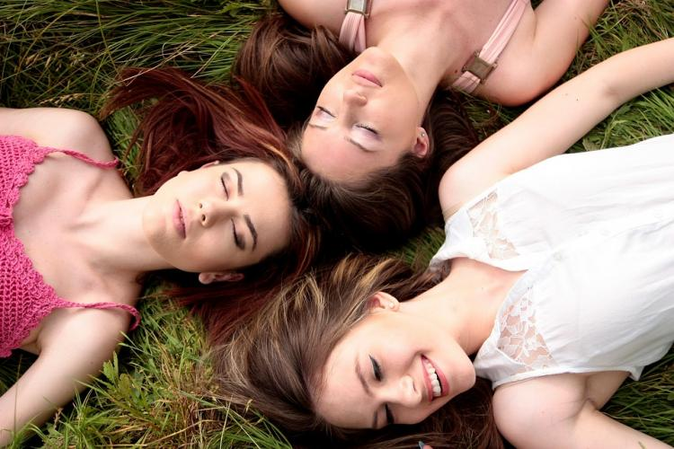 Missing out on girl time? Here's why it's so important to bond with female friends