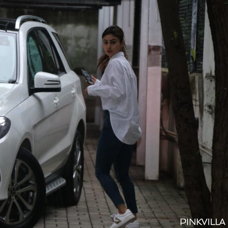 PHOTOS: Mouni Roy gets snapped as she arrives at filmmaker Dinesh Vijan's office