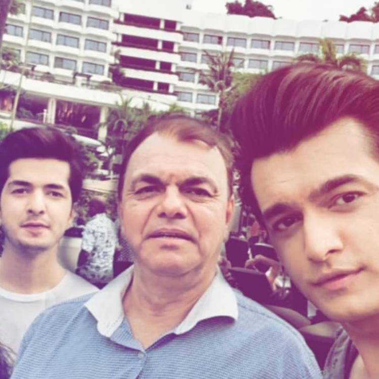 Mohsin Khan shows what 'every family trip' looks like as he hangs out with his folks; View Pic