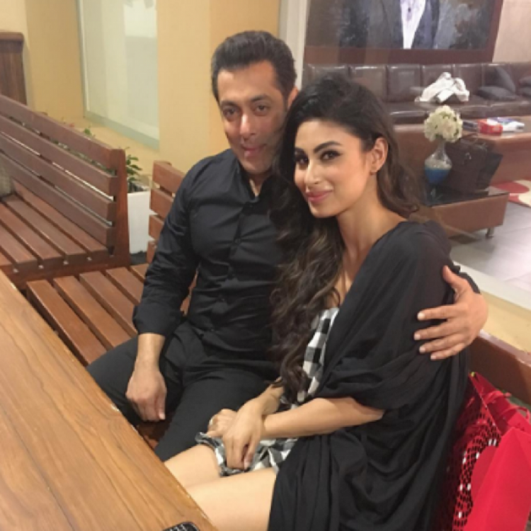 Salman Khan wants to pick Mouni Roy over Sunny Leone for a special song in Dabangg 3?