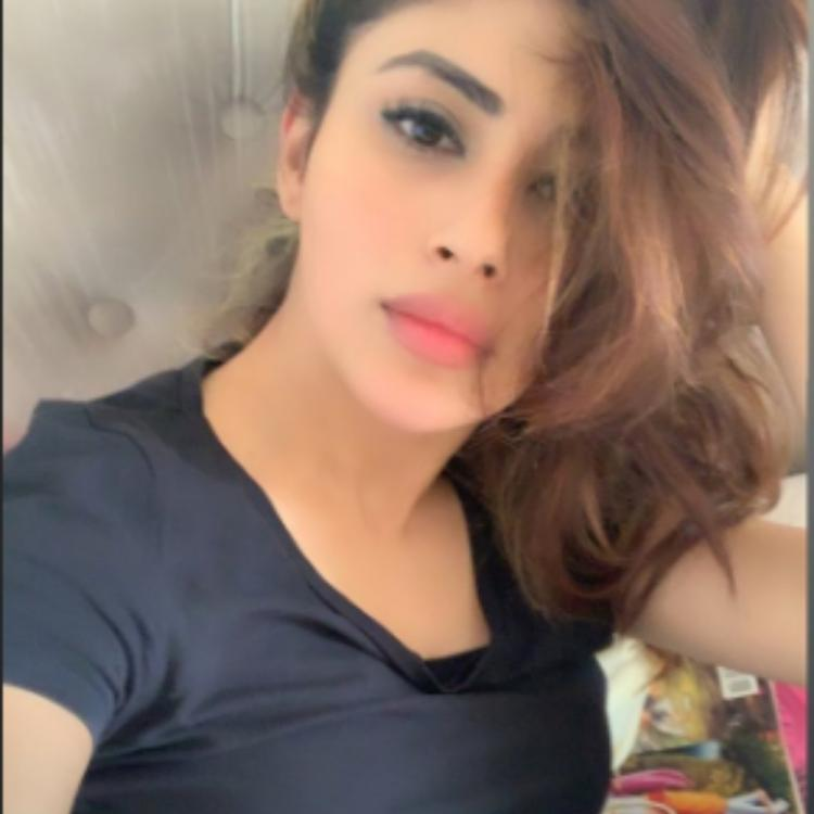 Mouni Roy is fully pumped up as she gears up for her rehearsals; View PIC