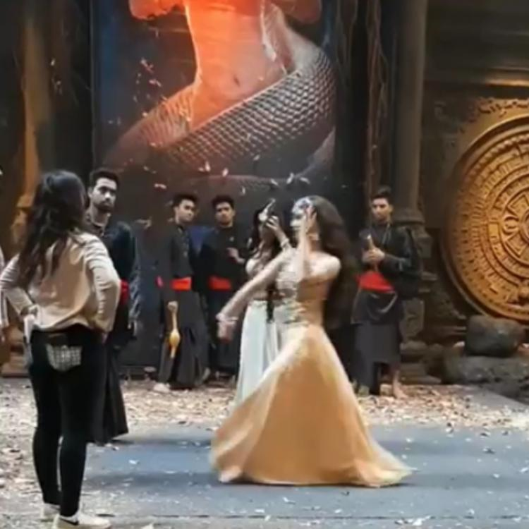 Naagin 3: Surbhi Jyoti and Mouni Roy rehearse hard for the finale dance performance; Watch BTS