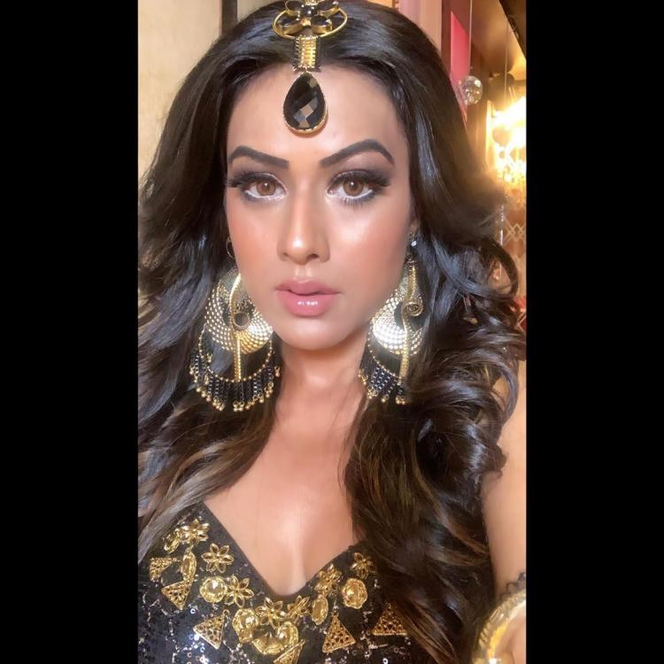 VIDEO: Naagin 4: Nia Sharma joins Sayantani Ghosh for a Naagin dance number and it is all things exciting