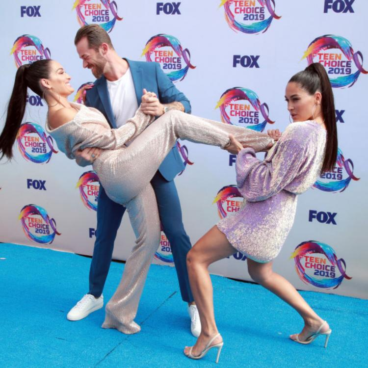 Teen Choice Awards 2019: Nikki Bella, Artem Chigvintsev packed in PDA but Brie Bella stole their thunder