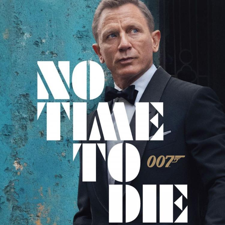 Skyfall director feels making James Bond film is about survival; Is dying to see Daniel Craig's No Time To Die