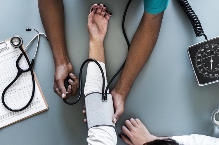 Orthostatic Blood Pressure: Here's all that you need to know about orthostatic hypotension