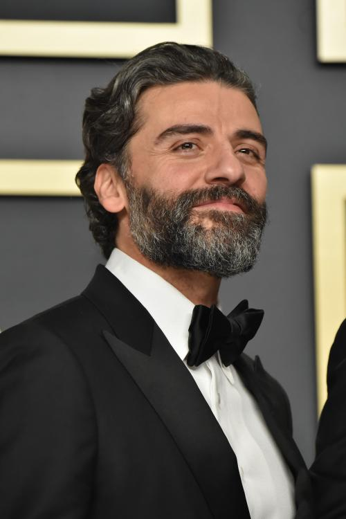 Oscar Isaac had a hilarious reaction to give when asked about the mixed reviews for Star Wars: The Rise of Skywalker.