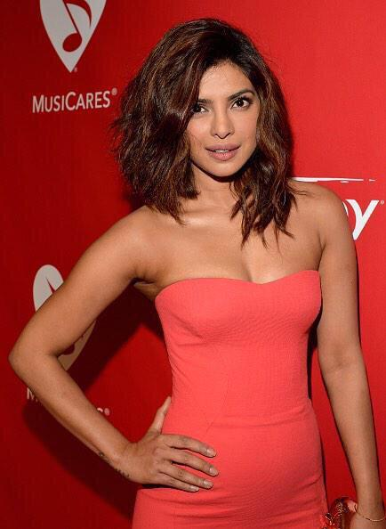 Priyanka Chopra -- hair | Wedding Ideas | Pinterest | Her hair ...