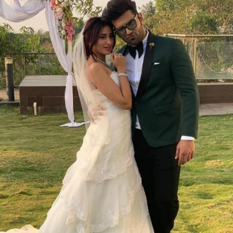 Bigg Boss 13: Paras Chhabra & Mahira Sharma roped in for a music video; Tease fans with PHOTOS
