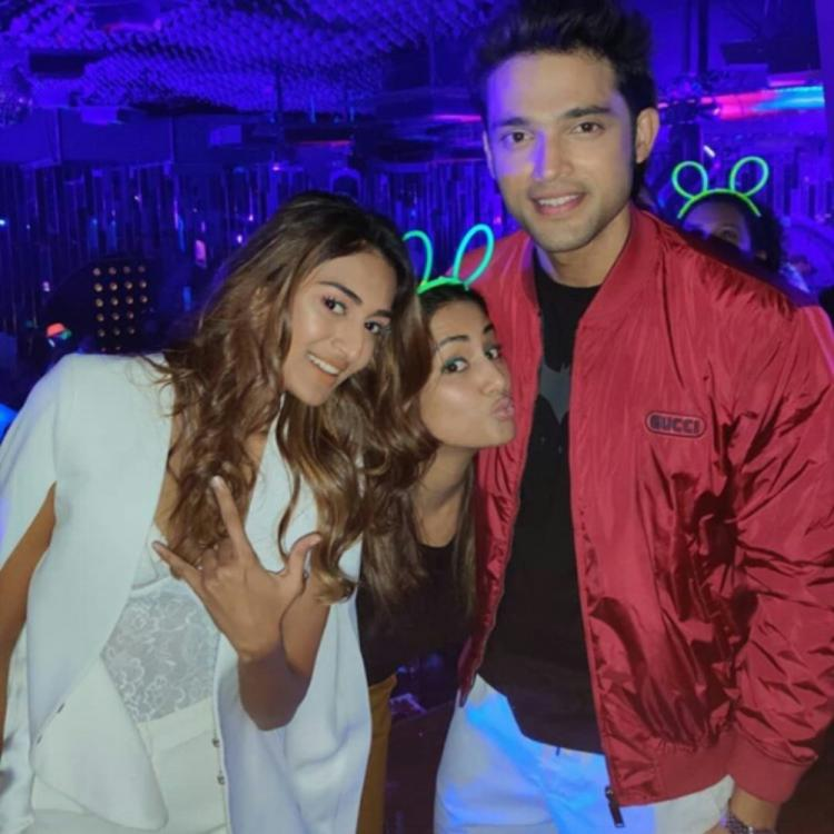Hina Khan photobombs Erica Fernandes & Parth Samthaan's photo and it's all things cute; Check it out