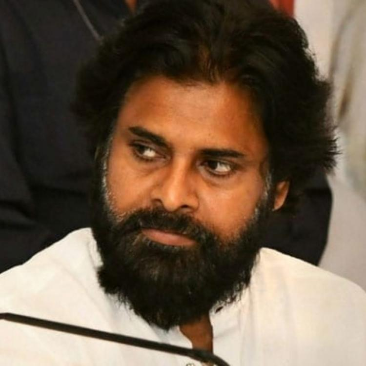 Actor Ali feels offended due to Pawan Kalyan; hits back with a befitting reply
